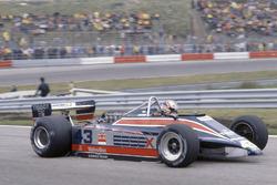 Nigel Mansell, Lotus 81B-Ford Cosworth