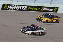 Kevin Harvick, Stewart-Haas Racing Ford Matt Kenseth, Joe Gibbs Racing Toyota