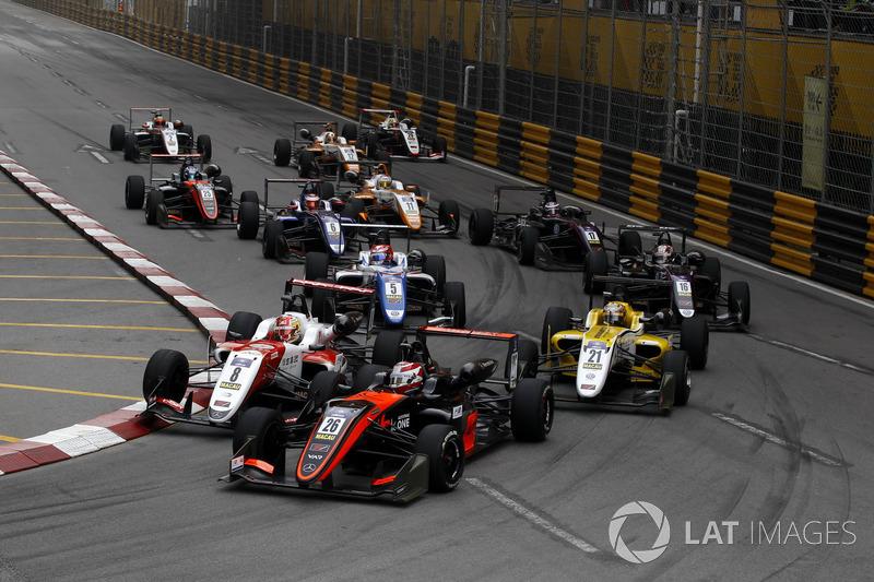 Pedro Piquet, Van Amersfoort Racing, Dallara Mercedes, Guan Yu Zhou, SJM Theodore Racing by Prema, D