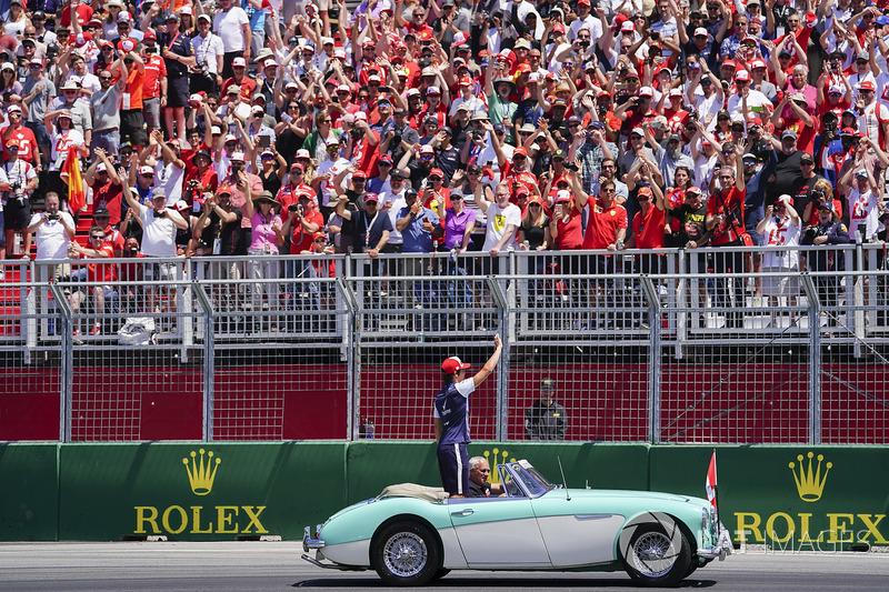 Lance Stroll, Williams Racing, nella drivers parade