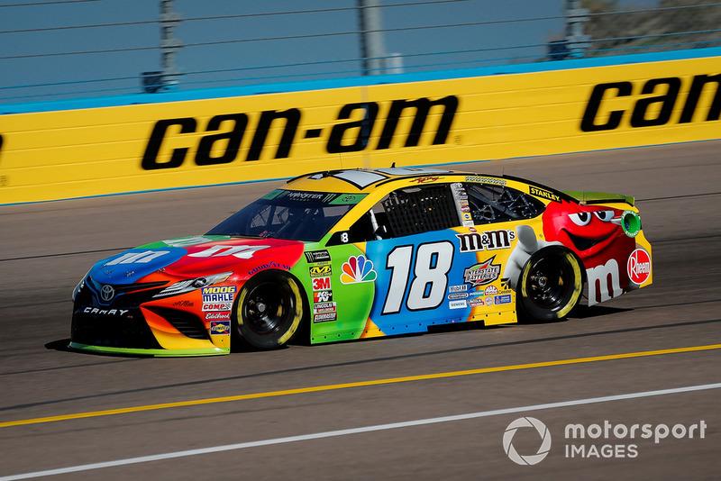 6. Kyle Busch, Joe Gibbs Racing, Toyota Camry M&M's