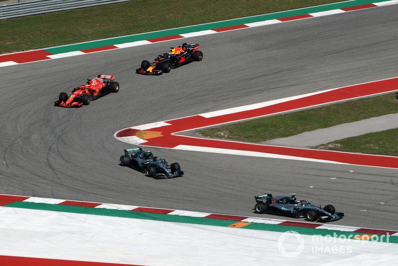 Lewis Hamilton, Mercedes-AMG F1 W09 , Valtteri Bottas, Mercedes-AMG F1 W09, Sebastian Vettel, Ferrari SF71H y Daniel Ricciardo, Red Bull Racing RB14