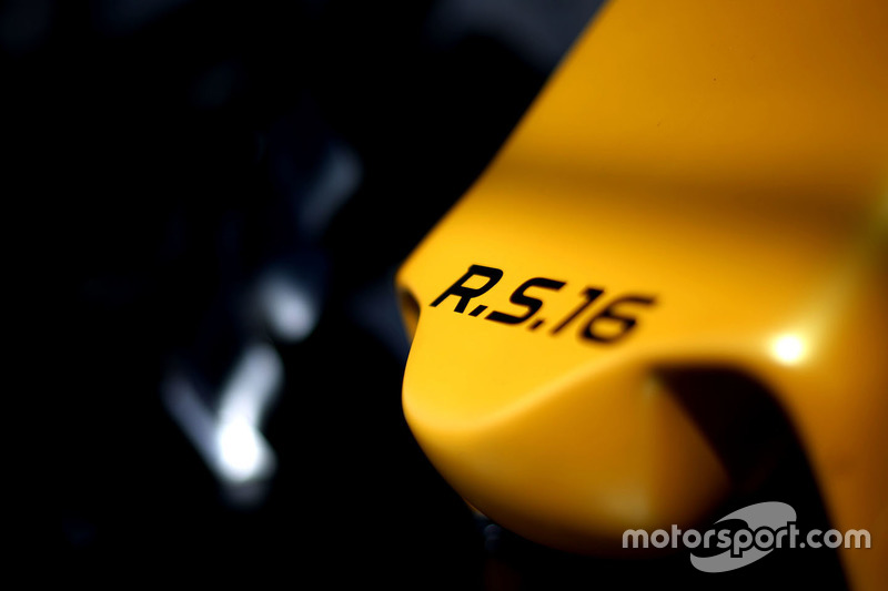 Renault Sport F1 Team RS16 nose detail