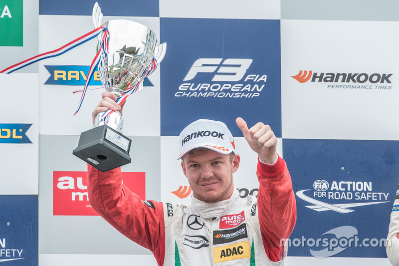Podium, Nick Cassidy, Prema Powerteam Dallara F312 - Mercedes-Benz