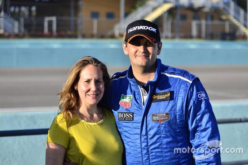 Carlos Grimaldos de Scuderia Shell Burbank