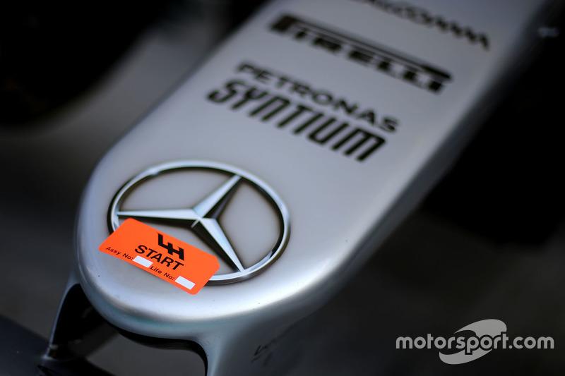 Lewis Hamilton, Mercedes AMG F1 W07 Hybrid car nose detail