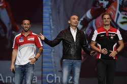 Andrea Dovizioso; Claudio Domenicali, Vorstandschef Ducati; Chaz Davies