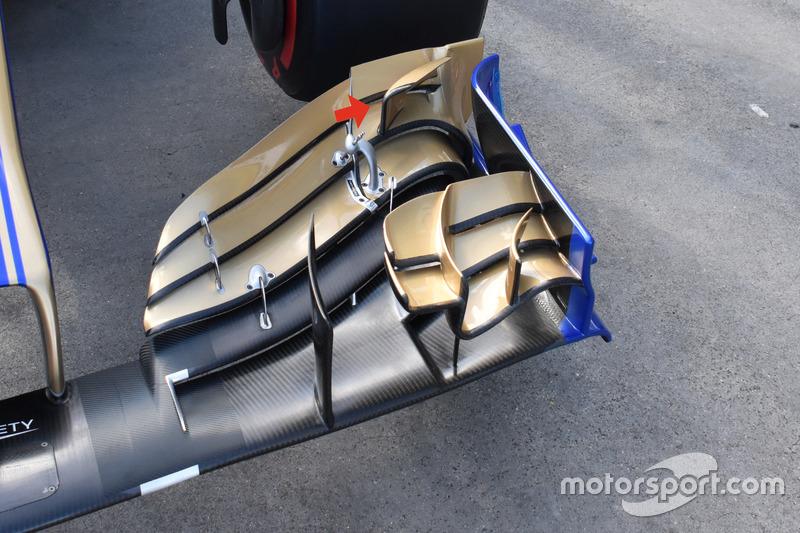 Sauber C36 переднє антикрило