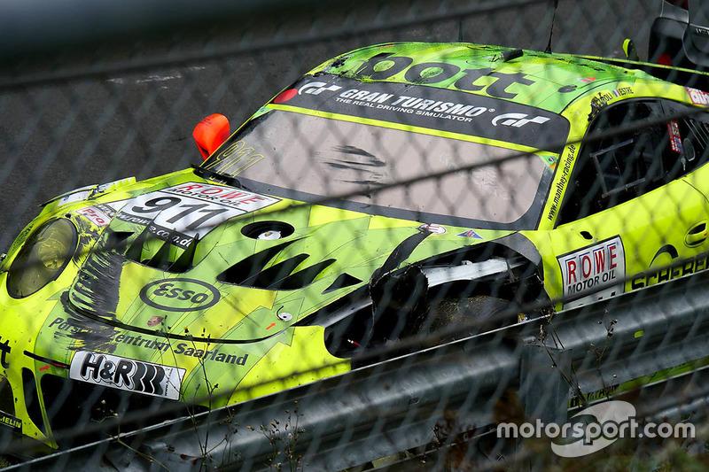 Unfall Kevin Estre, Matteo Cairoli, Manthey Racing, Porsche 911 GT3-R