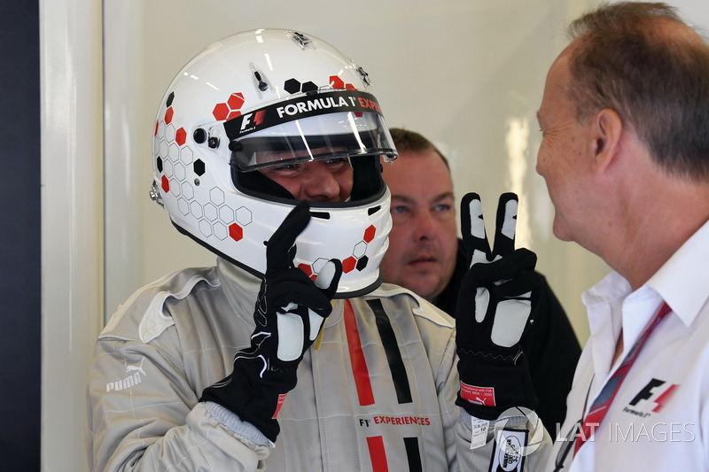 Simon Lazenby, F1-Doppelsitzer