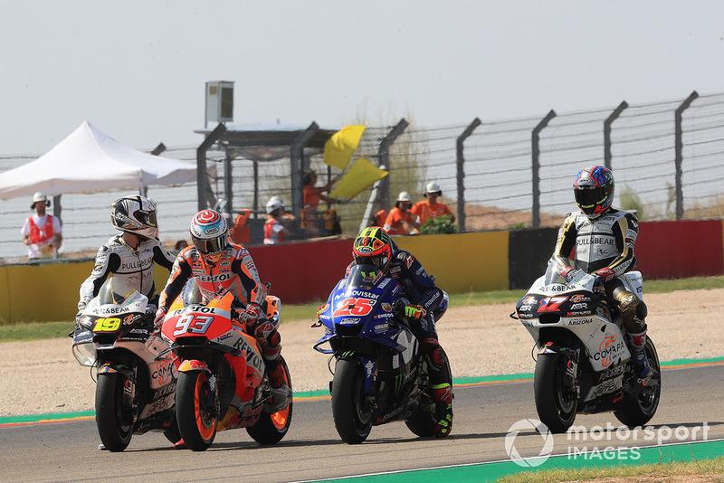 Marc Márquez, Repsol Honda Team, Maverick Viñales, Yamaha Factory Racing, practican una arrancada