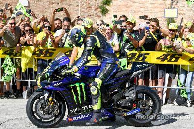 Valentino Rossi Tavullia parade