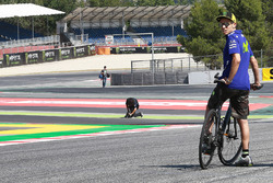 Valentino Rossi, Yamaha Factory Racing au nouveau virage 13