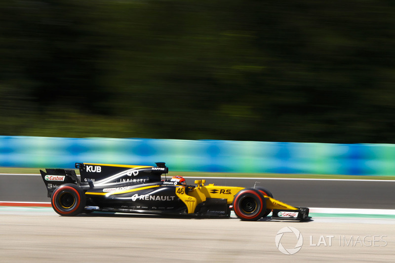 Роберт Кубіца, Renault Sport F1 Team RS17, широко виїздить