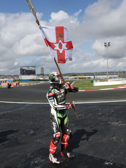 Race winner and 2017 champion Jonathan Rea, Kawasaki Racing