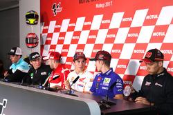 Joan Mir, Leopard Racing, Aleix Espargaro, Aprilia Racing Team Gresini, Andrea Dovizioso, Ducati Team, Marc Marquez, Repsol Honda Team, Maverick Viñales, Yamaha Factory Racing, Takaaki Nakagami, Idemitsu Honda Team Asia