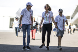 Esteban Ocon, Sahara Force India F1, Sergio Perez, Sahara Force India, Victoria Helyar, Sahara Force India F1 Team