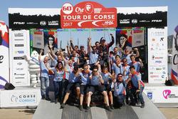 Ganadores, Thierry Neuville, Nicolas Gilsoul, Hyundai i20 Coupe WRC, Hyundai Motorsport con el equip