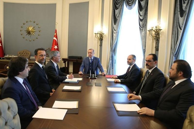 Cumhurbaşkanı Turkey Recep Tayyip Erdoğan, Formula 1 CEO Chase Carey