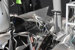 Mercedes AMG F1 W08, cubierta de motor