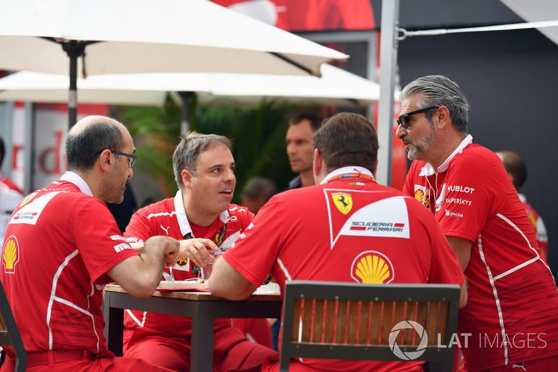 Maurizio Arrivabene, Ferrari-Teamchef und Ferrari-Ingenieure