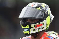 Andrea Iannone, Ducati Team nach dem Crash