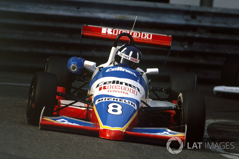 Одной из серий поддержки Гран При в том году была Формула 3 – там выступали Дэймон Хилл и Эрв Леклер, отец нынешнего пилота Sauber. Победил же в Ф3 итальянец Энрике Бертаджа.