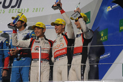 LMP2 podium: third place Ho-Pin Tung, Thomas Laurent, Oliver Jarvis, DC Racing