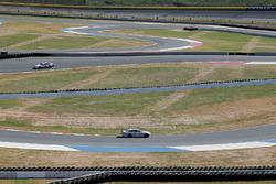 Jamie McMurray, Chip Ganassi Racing Chevrolet, Kurt Busch, Stewart-Haas Racing Ford