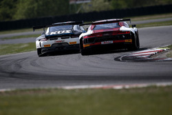 #18 KÜS Team75 Bernhard Porsche 911 GT3 R: Adrien de Leener, Klaus Bachler, #5 Phoenix Racing Audi R8 LMS: Philip Ellis, Max Hofer