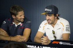 Romain Grosjean, Haas F1 and Fernando Alonso, McLaren in the Press Conference