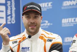 Press Conference, Kevin Gleason, RC Motorsport, Lada Vesta