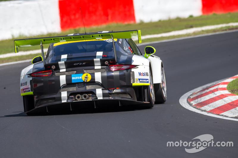 #911 Manthey Racing, Porsche 911 GT3 R: Nick Tandy, Kevin Estre, Rotthalmünster, Earl Bamber, Patric