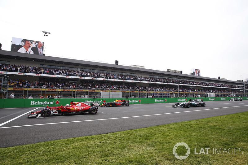 Pole, Sebastian Vettel, Ferrari SF70H, Max Verstappen, Red Bull Racing RB13, Lewis Hamilton, Mercedes AMG F1 W08, Valtteri Bottas, Mercedes AMG F1 W08