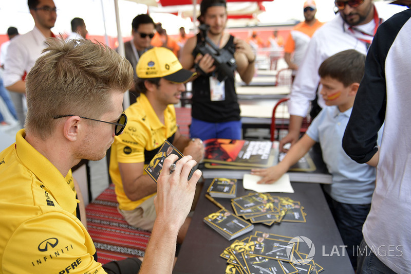 Nico Hulkenberg, Renault Sport F1 Team at the autograph session