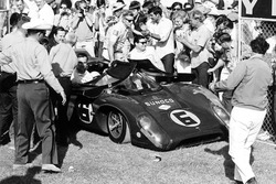Mark Donohue, Chuck Parsons, Lola-Chevrolet T70 Mk3B inscrite par Roger Penske