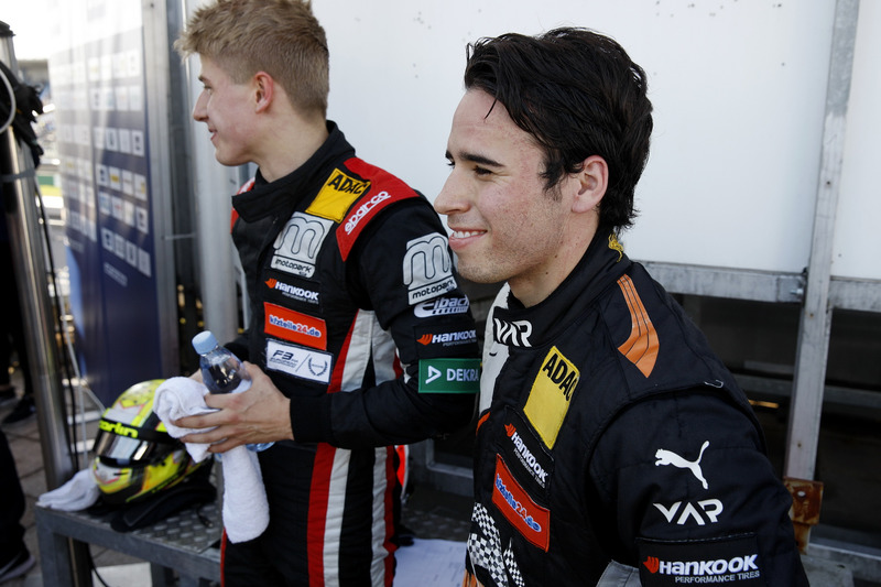 Juri Vips, Motopark Dallara F317 - Volkswagen, Joey Mawson, Van Amersfoort Racing, Dallara F317 - Me