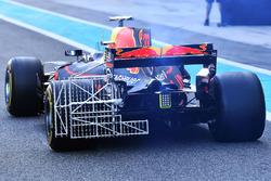Max Verstappen, Red Bull Racing RB13 with aero sensors