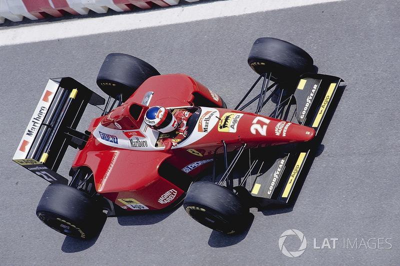 22: Jean Alesi: 114 grandes premios (el 56,72% de los disputados)