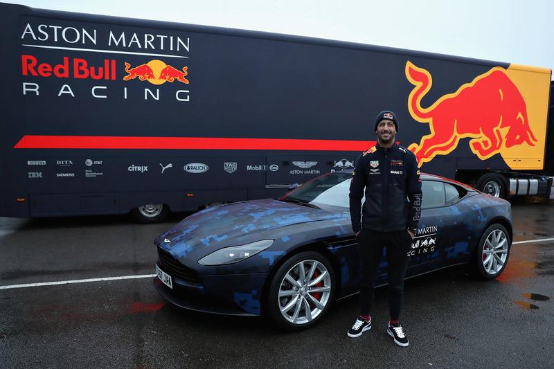 Daniel Ricciardo, Red Bull Racing con Aston Martin DB11