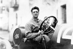 Enzo Ferrari with the mechanic Michele Conti, Alfa Romeo 20-40 HP in 1920