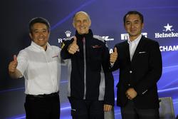 Masashi Yamamoto, Honda, Katsuhide Moriyama, Honda and Franz Tost, Scuderia Toro Rosso Team Principal in the Press Conference