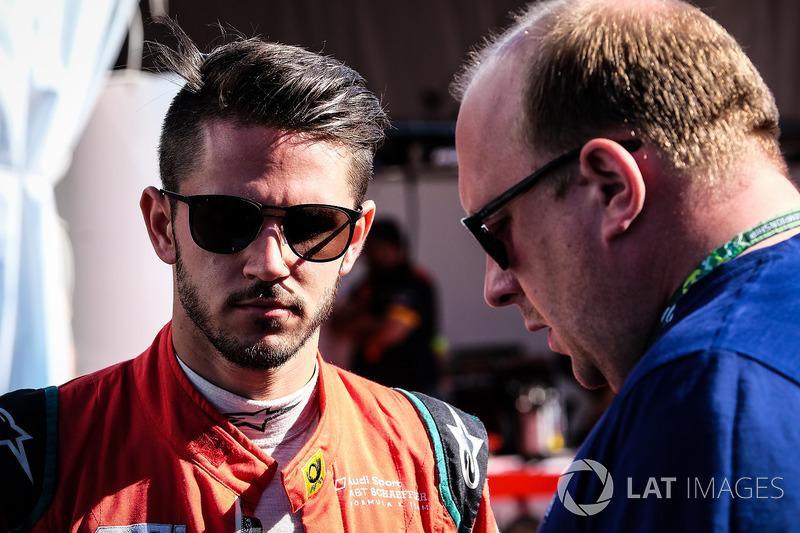 Daniel Abt, ABT Schaeffler Audi Sport, mit Sam Smith, Motorsport.com