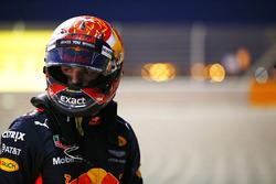 После аварии: Макс Ферстаппен, Red Bull Racing RB13