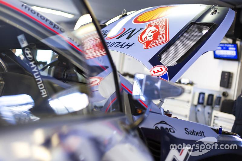 Zona Hyundai Motorsport team