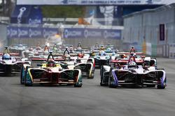 Start: Daniel Abt, ABT Schaeffler Audi Sport, Alex Lynn, DS Virgin Racing