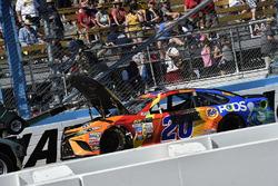 Matt Kenseth, Joe Gibbs Racing Toyota wreck
