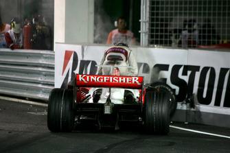 Авария: Адриан Сутиль, Force India F1 VJM01