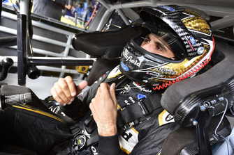 Aric Almirola, Stewart-Haas Racing, Ford Fusion Smithfield Helping Hungry Homes