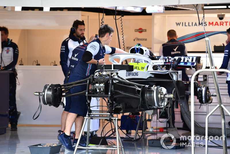 Williams FW41 in the garage